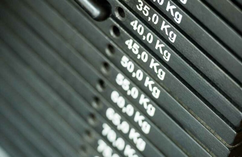 Gewichte im gesundheitsorientierten Fitnessstudio Köln-Longerich der ProPhysio GmbH