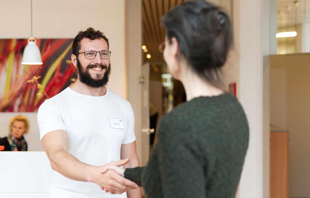 Personal Training in Köln-Longerich, Begrüßung bei ProPhysio Köln